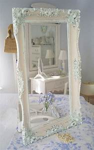 35 Best Shabby Chic Bedroom Design And Decor Ideas For 2018