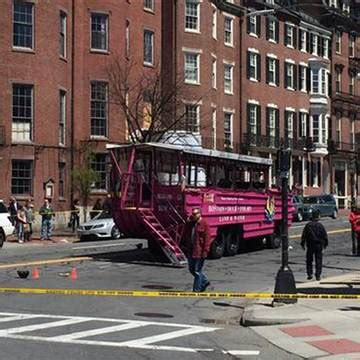 Duck Boat Boston Accident by Duck Boat Crash In Boston Kills Woman On Scooter Injures