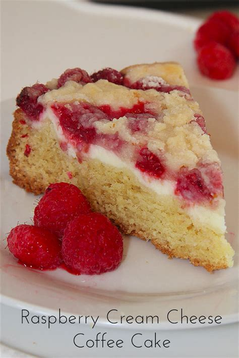 It's the perfect combination of a cream cheese coffee cake with the addition of fresh raspberries! Raspberry Cream Cheese Coffee Cake