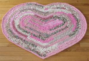Heart Shaped Rag Rug Crochet Pattern