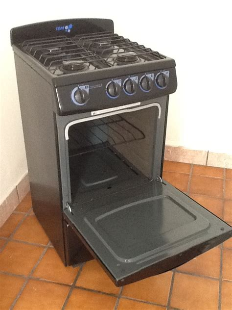 gas stove sale 4 burner gas stove with oven for sale in great condition