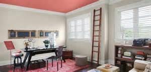 Colore parete soggiorno moderno idee per il design della