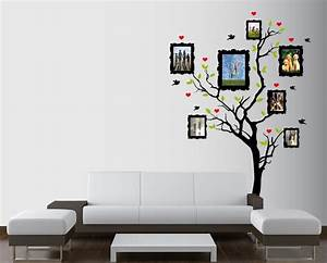 Unique pictures on frame fit to inspiring wall pattern