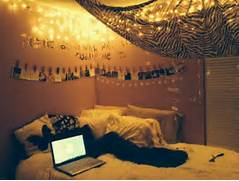Teenage Bedroom Inspiration Tumblr by Bedroom Hipster Teen Bedroom Decorating Ideas Yellow Hanging String Led Ligh
