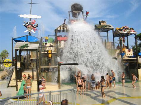 Barcelona's water parks - ShBarcelona