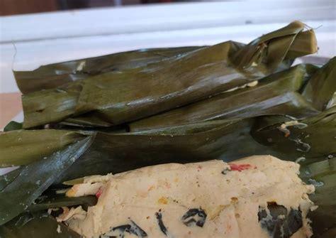 Botok tempe, botok daun sembukan, botok daun kemangi, botok lamtoro dll. Resep Botok Tahu Kemangi : Masakan ndeso ini terkenal di ...
