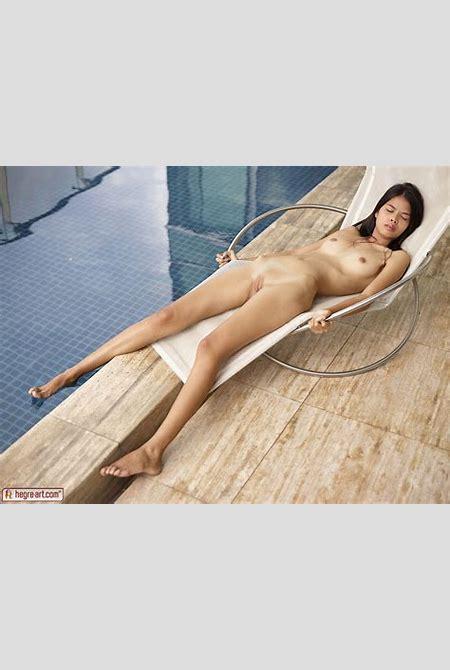 Noody Bangkok Poolside - NudesPuri.com