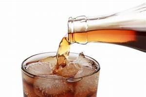 Hausmittel Gegen Moos : cola als hausmittel gegen rost kalk und moos mein sch ner garten ~ A.2002-acura-tl-radio.info Haus und Dekorationen