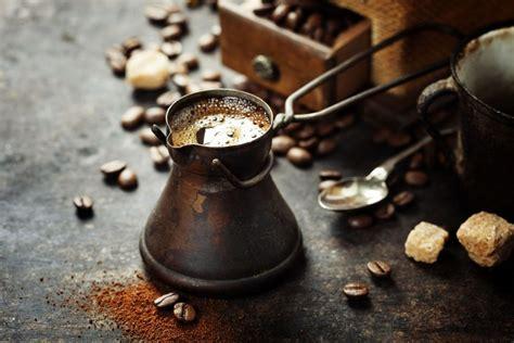 cafe arabe una bebida  personalidad cocina  vino