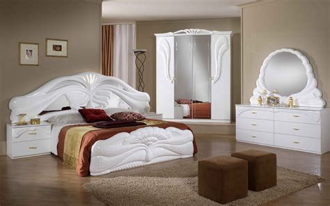 Italian Bedroom Set In White Or Mahogany New With Free