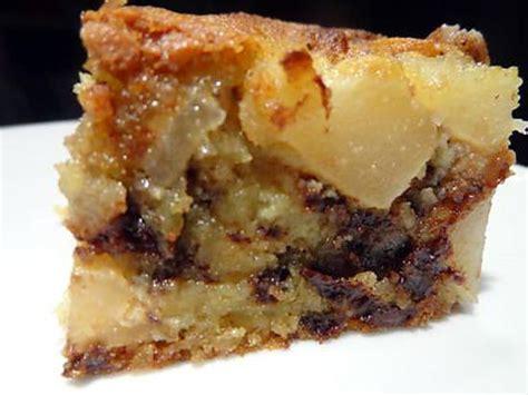 dessert poire chocolat amande recette de g 226 teau poires amande et p 233 pites de chocolat