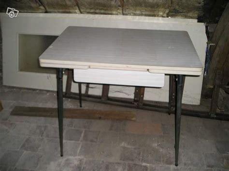 table cuisine tiroir table cuisine tiroir si table en verre avec tiroir et