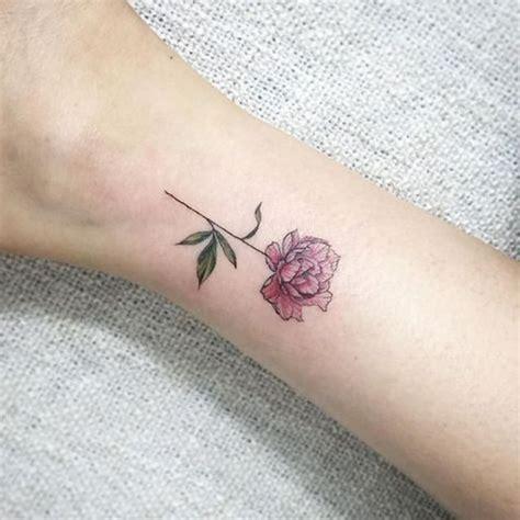 foto de Petit tatouage pivoine 15 idées de tatouages pivoine