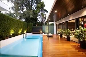 Schwimmbad Im Garten : 10 atemberaubende ideen f r ihr schwimmbad ~ Whattoseeinmadrid.com Haus und Dekorationen