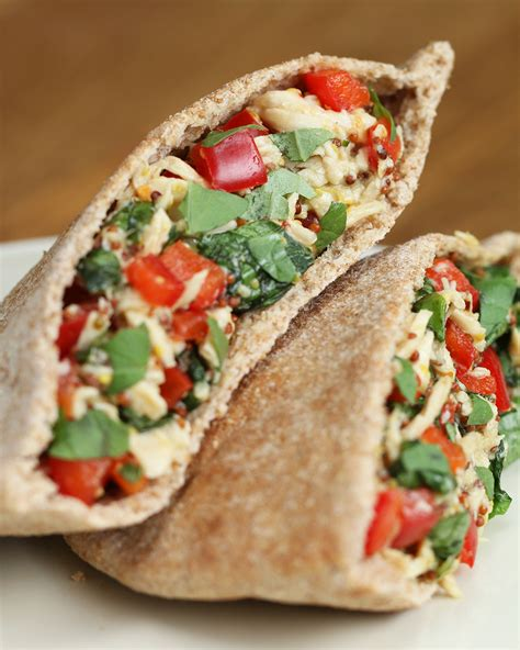 You Should Make These Honey Mustard Pita Pockets For Lunch
