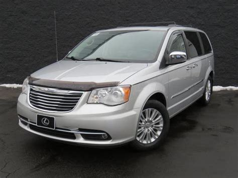 Used Chrysler Town And Country Limited by Chrysler Town And Country Limited Ohio 347 Chrysler Town