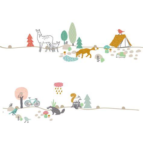 chambre bébé garçon gris stickers frise forêt mimilou pour chambre enfant les