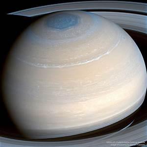 APOD: 2017 April 3 - Saturn in Infrared from Cassini