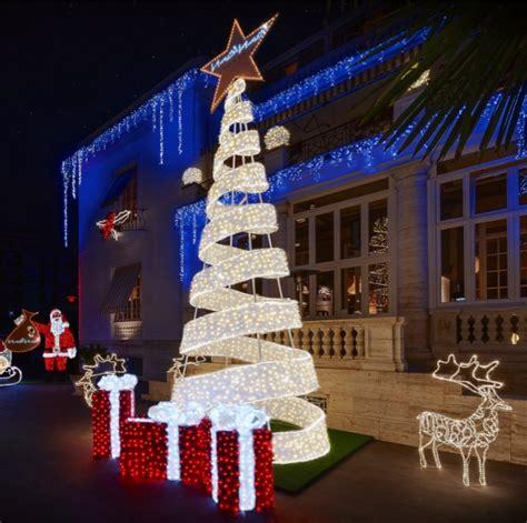 Illuminazioni Natale by Minori Gioved 236 L Accensione Delle Luminarie Natalizie