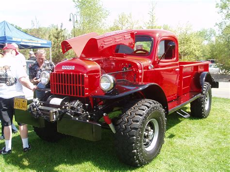 File:Red Power Wagon WM 100   Wikipedia