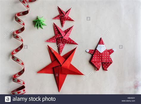 3d paper christmas tree with ribbon origami shapes stock photos origami shapes stock images alamy