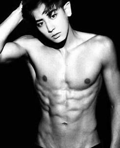 Make Your Day A Little Bit Hotter  Take A Look At Chanyeol