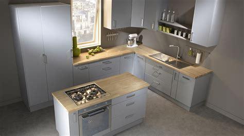 cuisine bois clair plan de travail gris plan de travail