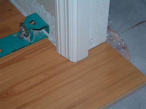 the best way to lay laminate flooring under cutting door jambs with a hand saw before installing laminate flooring 171 diy laminate floors
