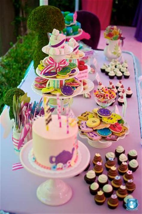 alice  wonderland party baby shower ideas themes games