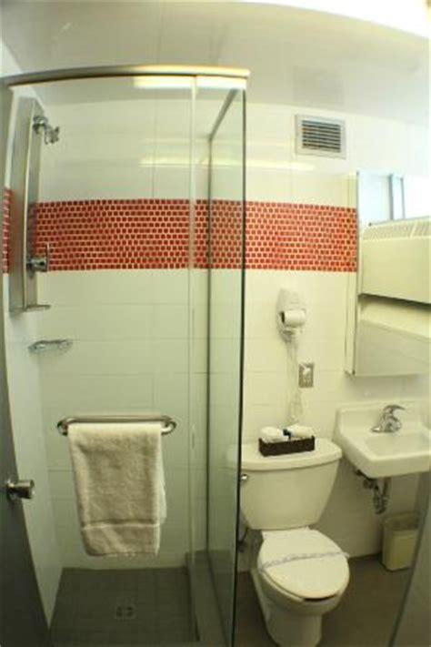 chambre université laval salle de bain chambre universitaire supérieure picture