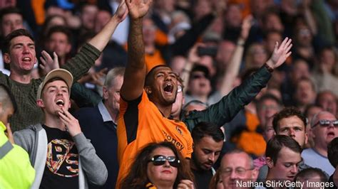 3 Out Of 10; Idiot Wolverhampton Wanderers Fans React To