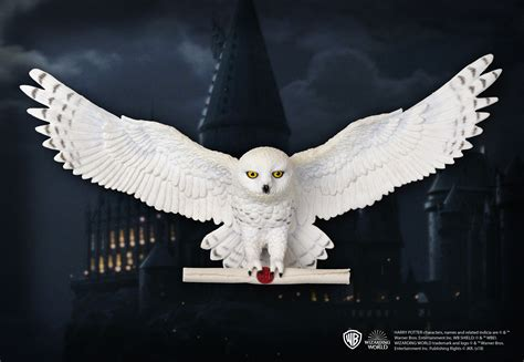 hedwig owl post wall d 233 cor the noble collection uk