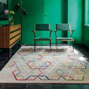 tapis design beige a motifs multicolores en laine et viscose With tapis design avec modele canapé moderne