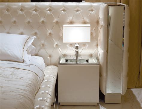nella vetrina visionnaire ipe cavalli magnolia luxury