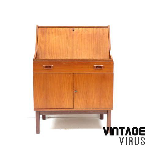bureau secretaire vintage vintage secretaire bureau met klep lade en 2 deurtjes