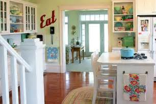 retro kitchen decor ideas meadowbrook farm a kitchen with vintage appeal hooked on houses