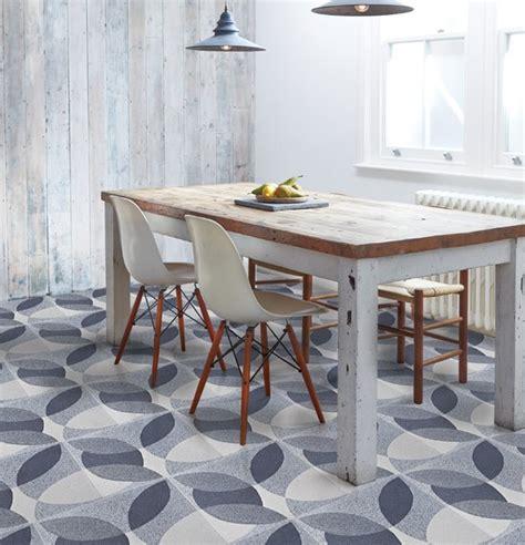 table pour la cuisine davaus table ronde moderne pour cuisine avec des