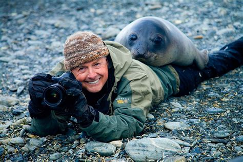 pictures showing  nature photographers    jobs