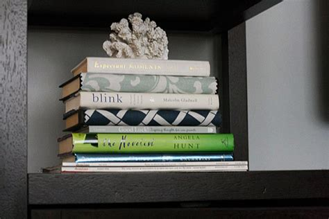 read ugly books  decorating hack view