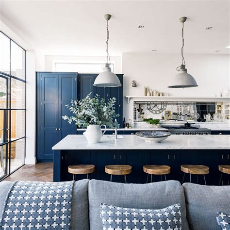 Decorating Ideas For Blue And White Kitchen by Navy Kitchen Ideas Navy Blue Kitchens That Look Cool And