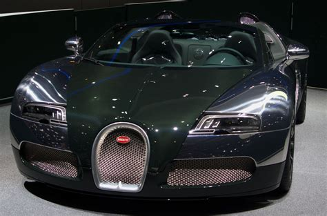 $21,000 is about 1.4 percent of the base veyron's $1.5 million price tag. bugatti veyron super sport price 2014 | Bugatti veyron, Bugatti veyron super sport, Bugatti