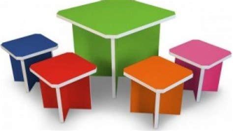 Sedie Per Bambini Design : Showroom Per Cartone Riciclato