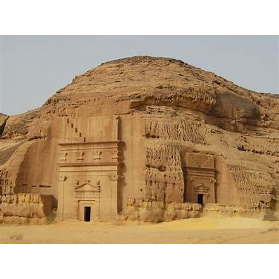 World Visits: Mada'in Saleh A Historical Place In Saudi