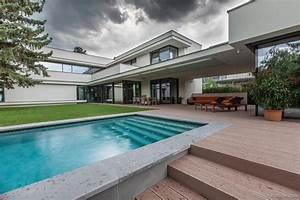 Bauhaus Pool Zubehör : modern day bauhaus home is a contemporary masterpiece ~ Sanjose-hotels-ca.com Haus und Dekorationen