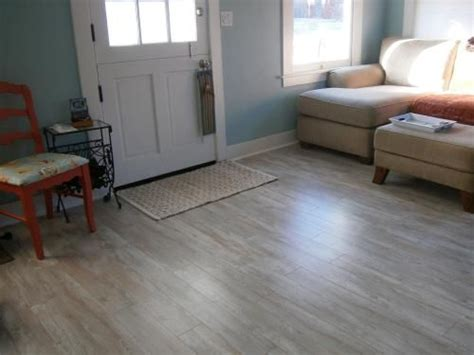 Pergo Xp Flooring Coastal Pine by Pergo Xp Coastal Length Pine Laminate Flooring 5 In X 7 In