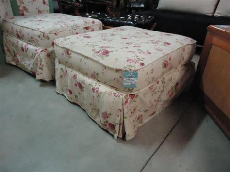 canapé style anglais en tissu canape anglais tissu fleuri 28 images photos canap 233
