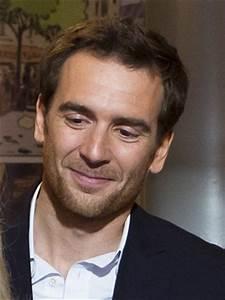 Acteur Pub Renault : nicolas carpentier allocin ~ Medecine-chirurgie-esthetiques.com Avis de Voitures