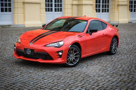 2017 Toyota 86 860 Special Edition First Look Review