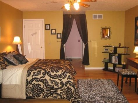 1000+ Ideas About Young Adult Bedroom On Pinterest