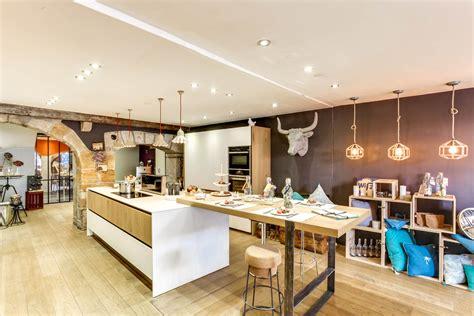 table amovible cuisine ilot de cuisine avec table amovible great enchanteur